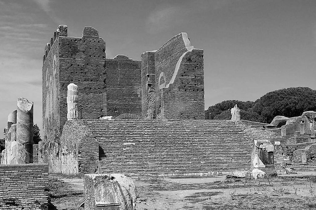 Ostia antica rom in 5 tagen for Emmerre arredamenti ostia antica orari
